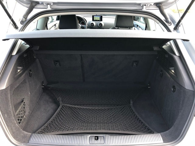 Audi Audi A3 III 1.8 TFSI 180ch Ambition